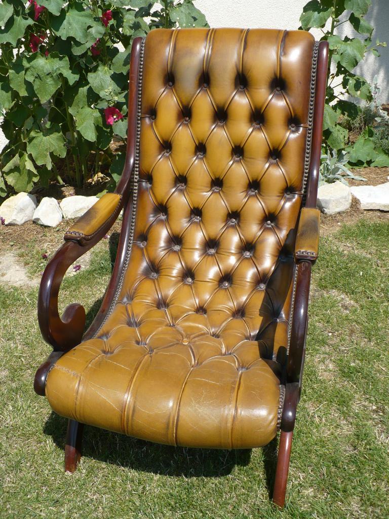 fauteuil ancien cuir. Black Bedroom Furniture Sets. Home Design Ideas